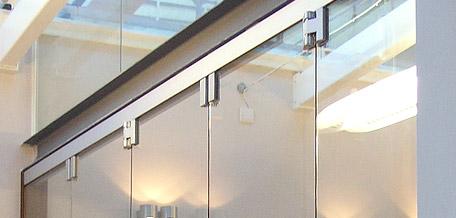 Frameless glass folding doors Teufelbeschlag GmbH